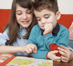 Comment la maîtrise du vocabulaire aide-t-elle le développement des enfants ?