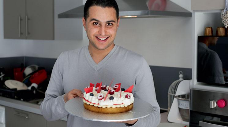 Le gâteau d'anniversaire du chef Mounir. Photo : Hélène David